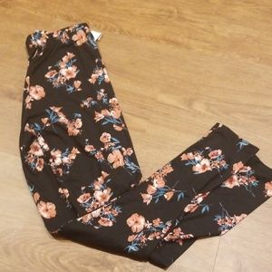 Maurices Leggings NWT Small
